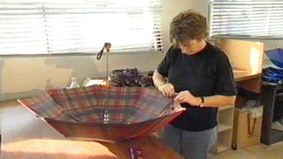 Production of a pocket umbrella